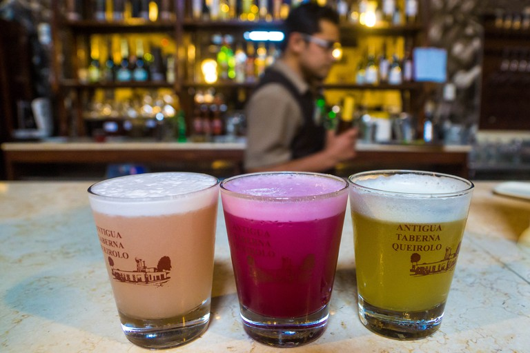 Different preparations of Pisco Sour