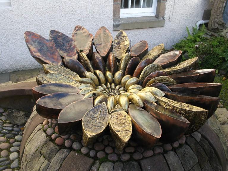 Ammonite Sculpture at Hugh Miller's Cottage | © Caitriana Nicholson/Flickr