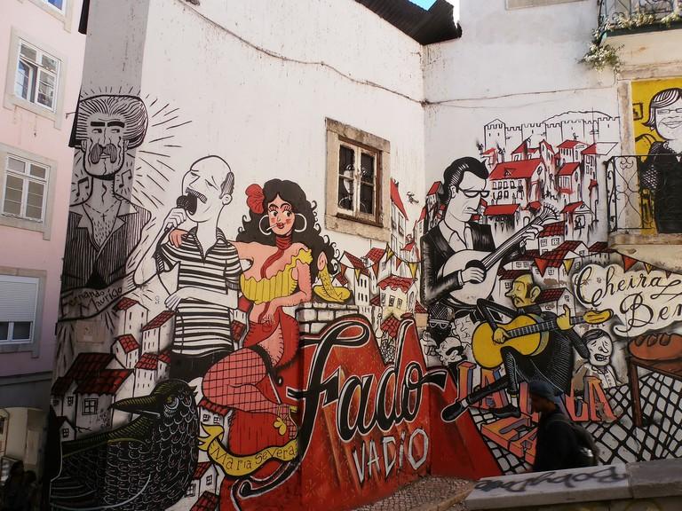 Fado-themed street art in Lisbon © Jeanne Menjoulet / Flickr
