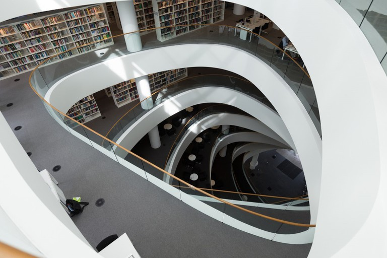Sir Duncan Rice Library Interior | © Chris Hoare/Flickr