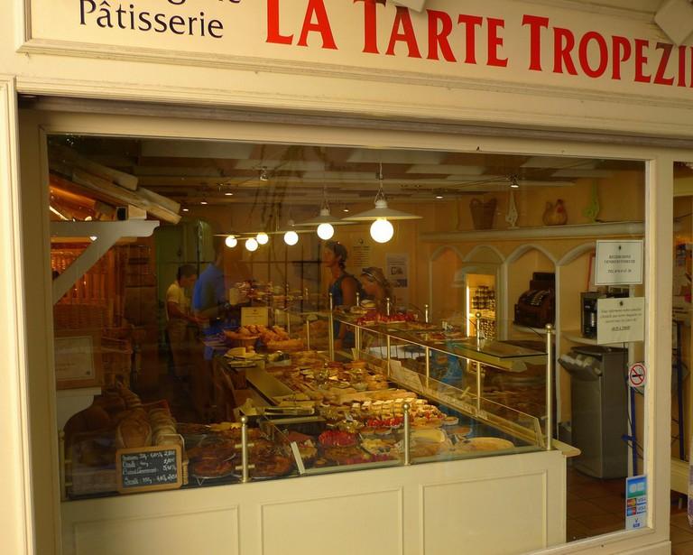 La Tarte Tropeziennes in St Tropez is one of the best bakeries in town | © John M/Flickr