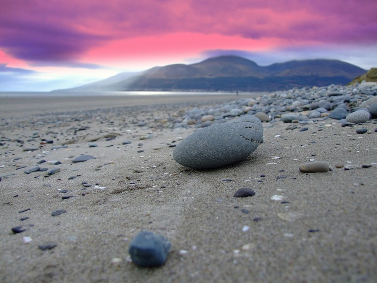 Mullogh Beach with a view of the distant Mournes | © Ryan McDonald/ Flickr