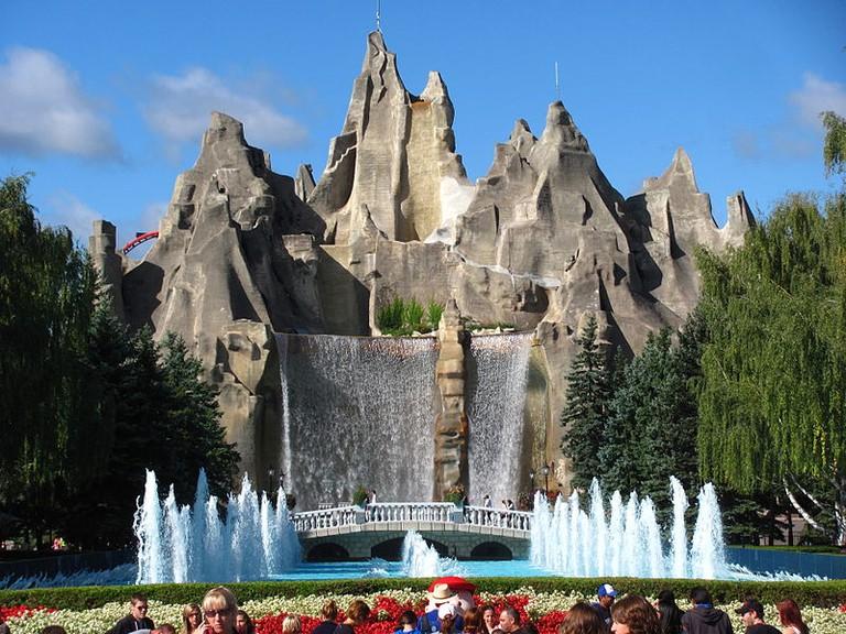 Wonder Mountain at Canada's Wonderland   © Jeremy Thompson/ WikiCommons