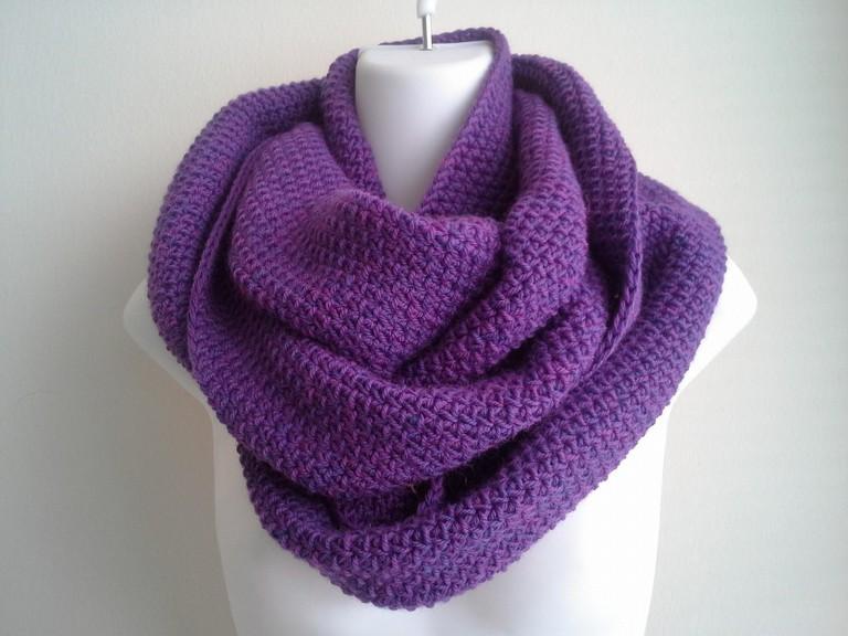 wool scarf / (c) smittenkittenorig / Flickr
