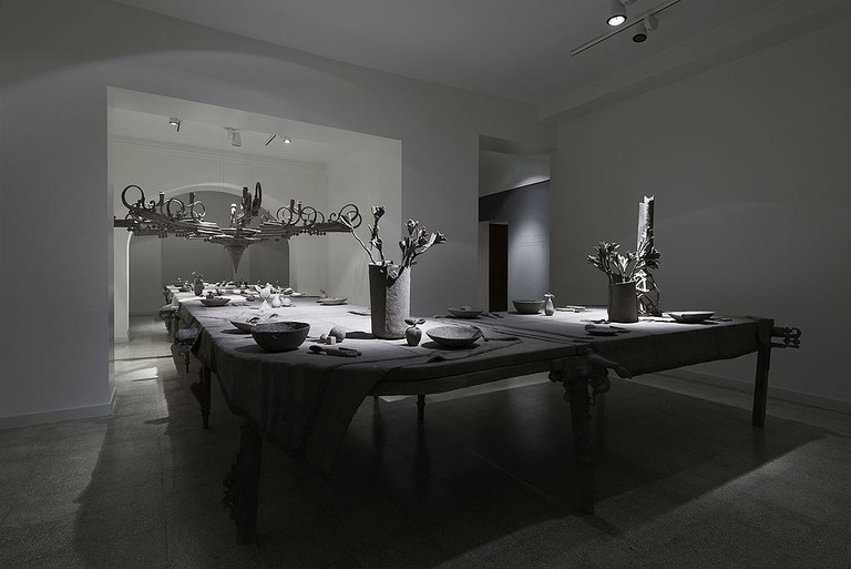 "Papier-mâché ""Life"" installation   © Leilasaj / Wikimedia Commons"