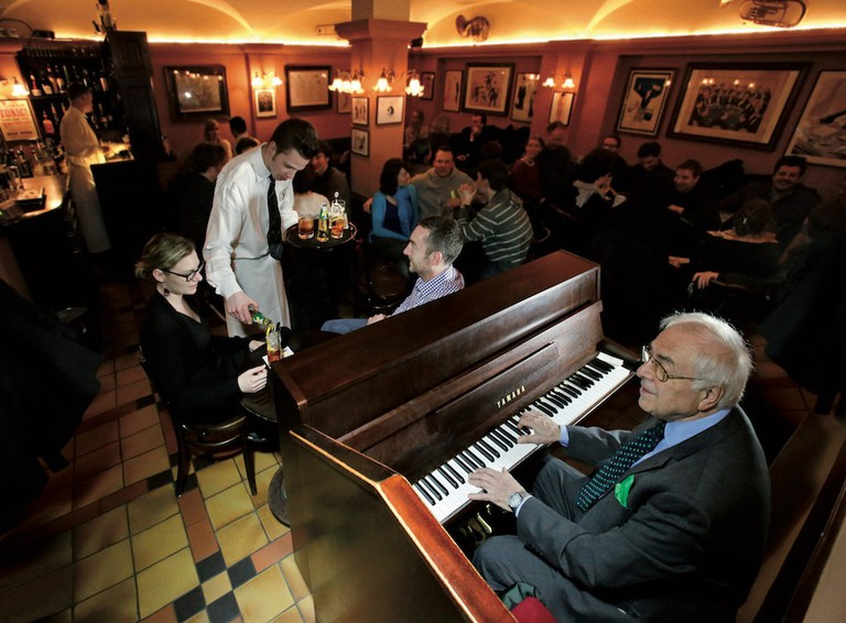 The Piano Room © Pusser's