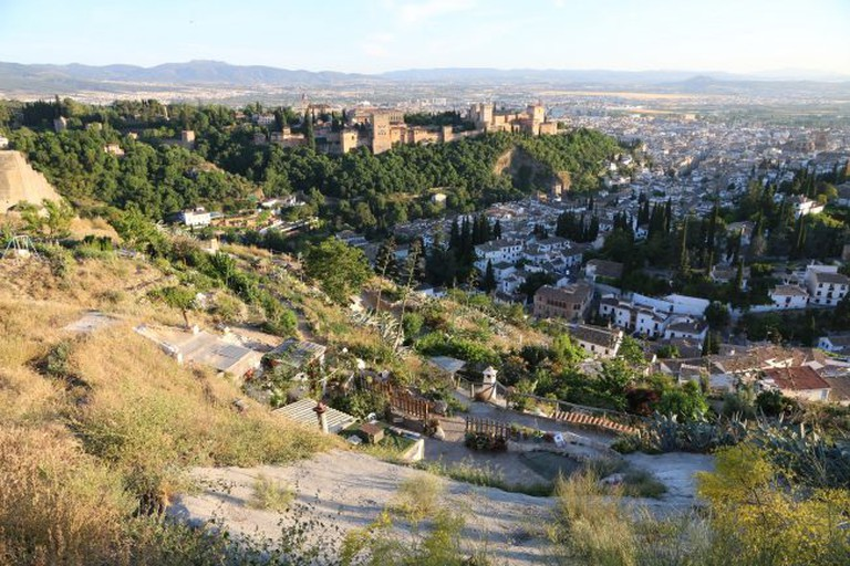 """<a href=""""https://www.flickr.com/photos/78304219@N06/"""">Amazing views of Granada from the countryside above Sacromonte 