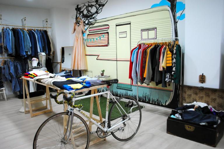 Kauf Vintage store in Valencia