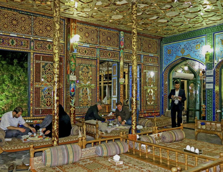 Traditional Banquet Hall has Qajar-style decoration | © Ninara / Flickr