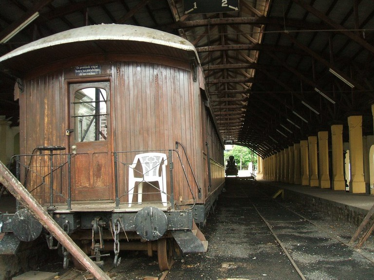 "<a href=""https://www.flickr.com/photos/todotiempopasadofuemejor/"">An abandoned station 