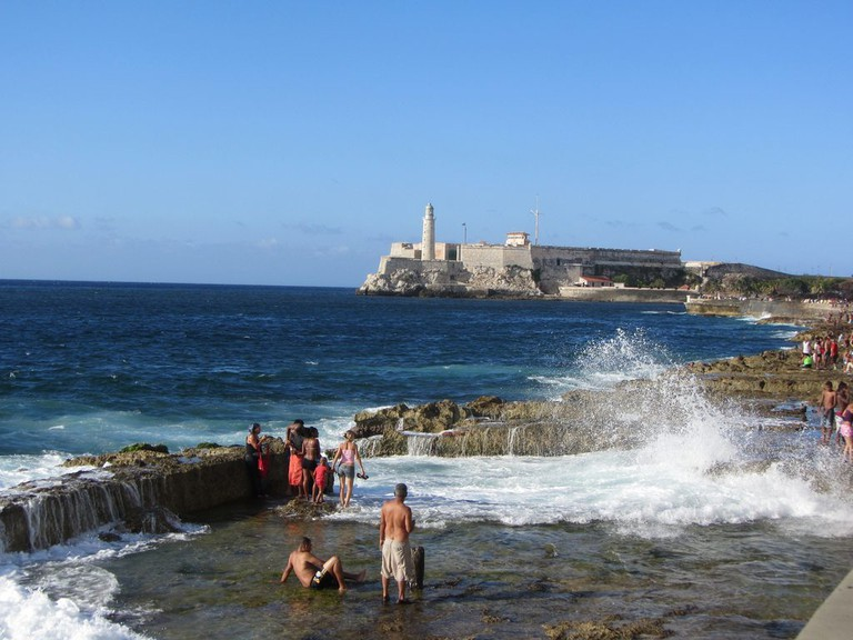 Morro Castle in the background, Havana | © Stephen Colebourne / Flickr