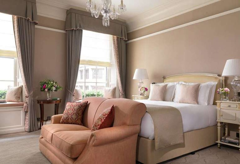 Guest room at The Shelbourne Dublin