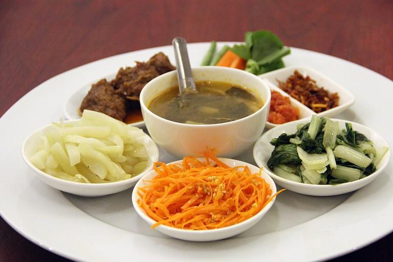 A Myanmar beef curry set at Pansuriya in Yangon, Myanmar