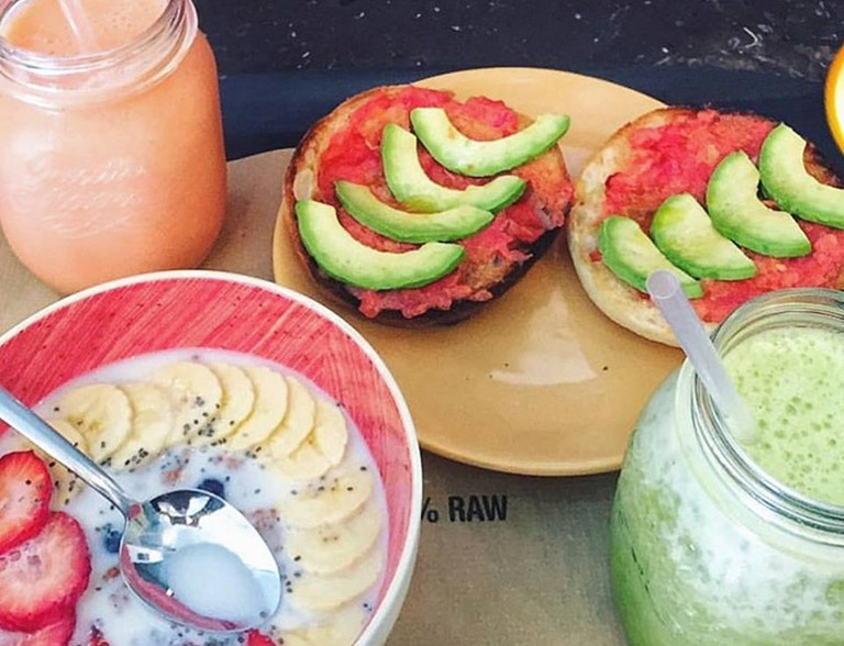 Juices and healthy snacks