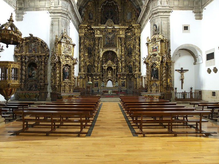 San Pelayo de Antealtares Monastery | ©José Luis Filpo Cabana / Wikimedia Commons