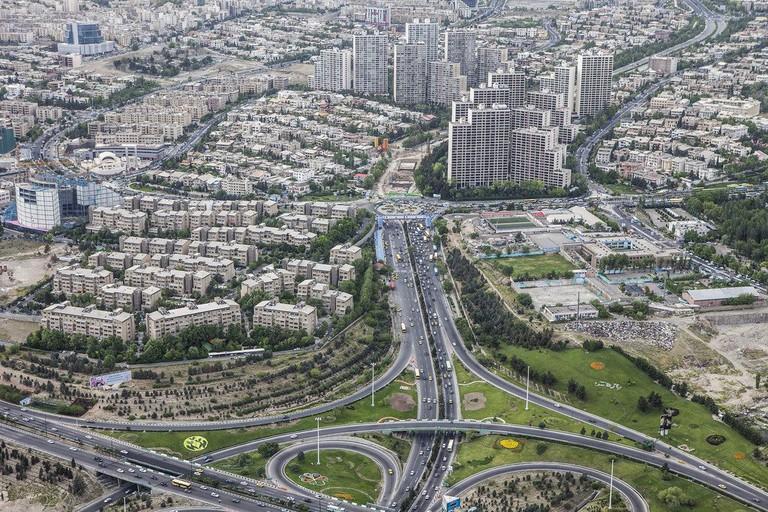 Tehran as seen from Milad Tower | © Ninara / Flickr
