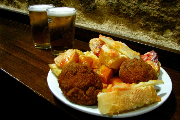 Typical Spanish food and beers at El Tigre