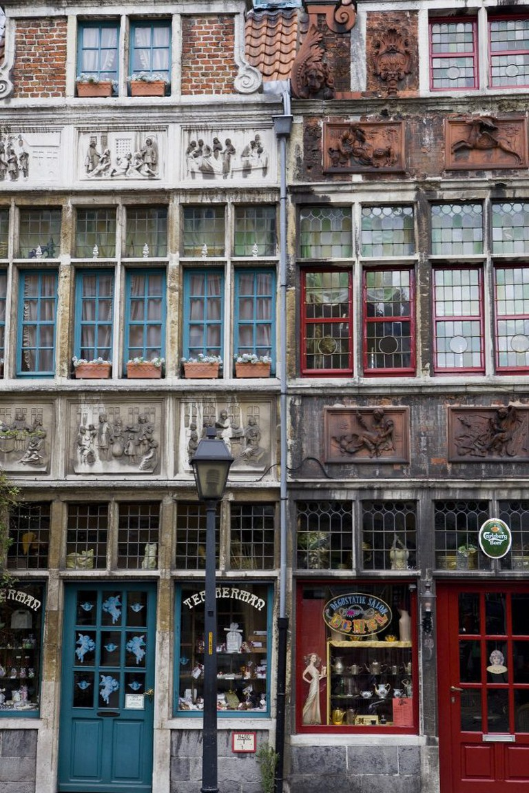 Left: confectionary Temmerman | courtesy of Visit Ghent