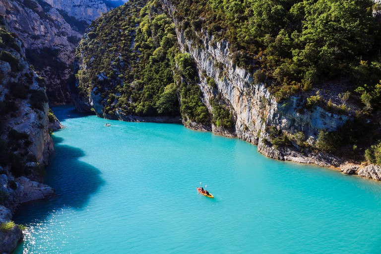 The Verdon gorge and the lake Sainte-Croix are necessary stops  