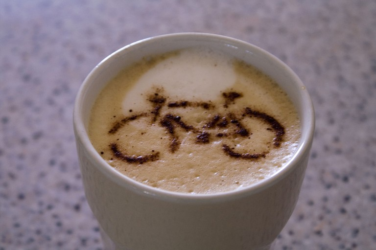 Bicycle Coffee | © Paul Schofield/Flickr