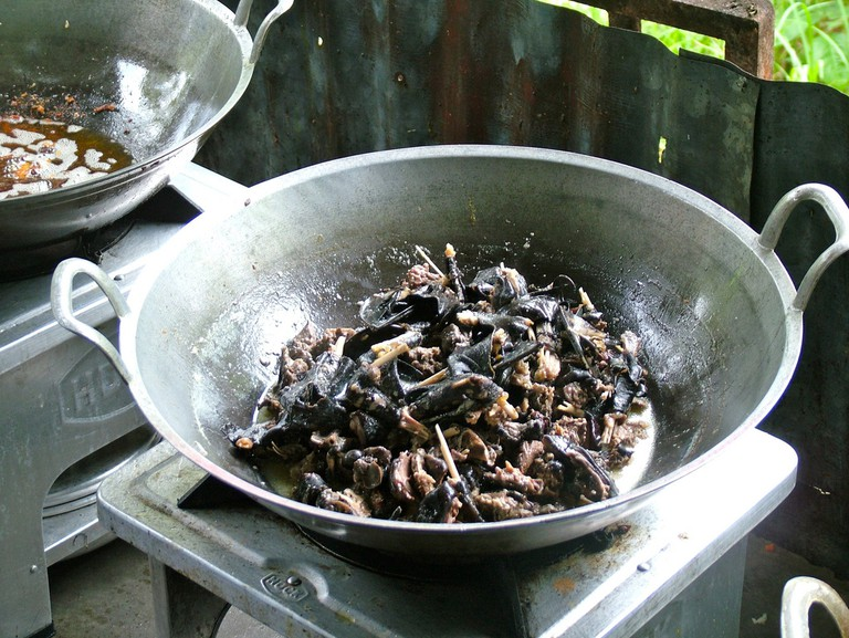 20 unmissable attractions in Seychelles - eat bat