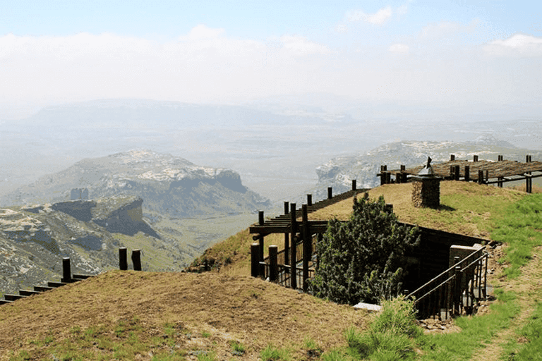 Hotels and Lodges Near Mountains_Highlands Mountain Retreat