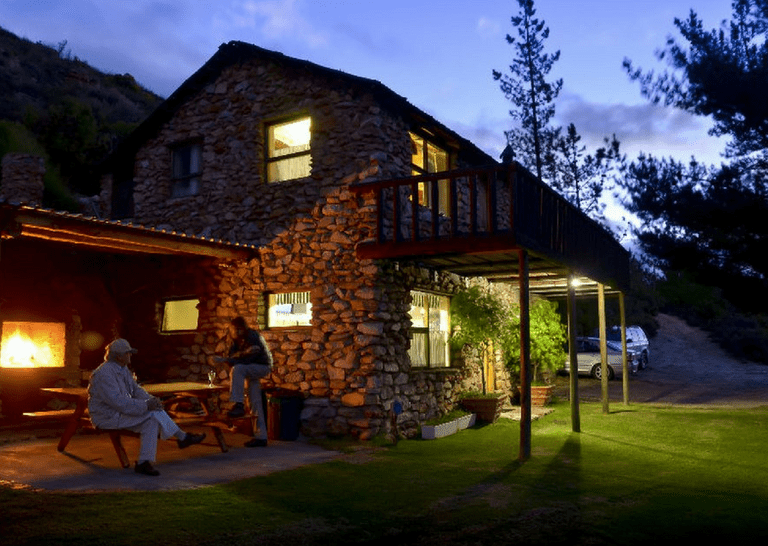 Hotels and Lodges Near Mountains_Panorama Cabin at Protea Farm