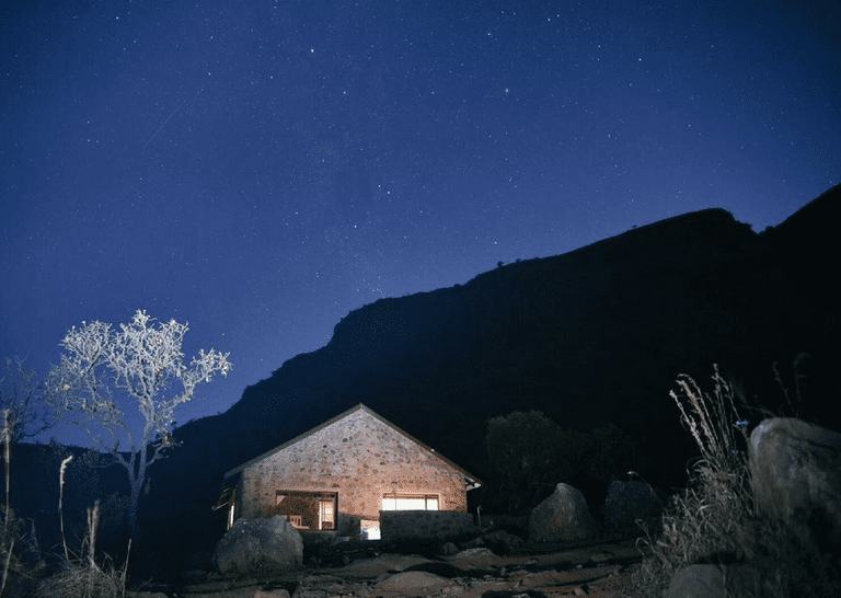 Hotels and Lodges Near Mountains_Wolwekrans Eco Lodge