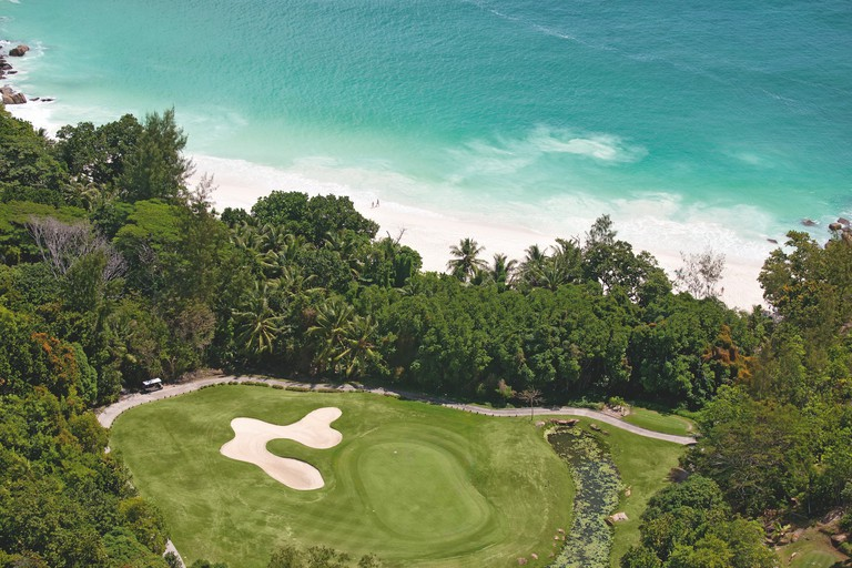 20 unmissable attractions in Seychelles - championship golf course