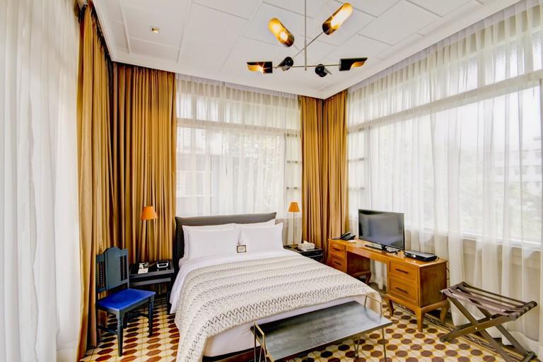 The Henry Hotel Manila