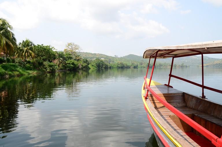 Akosombo Canoe