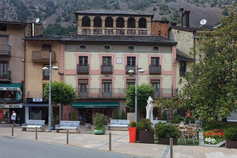 Plaça Príncep Benlloch, Andorra   ©Luis Miguel Bugallo Sánchez (Lmbuga) / Wikimedia Commons