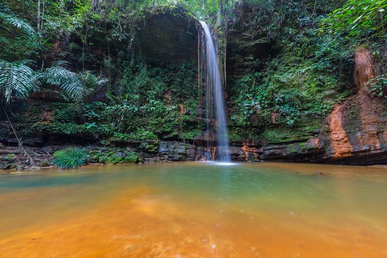 Multicoloured natural pool of Lambir Hills | © Fabio Lamanna/Shutterstock