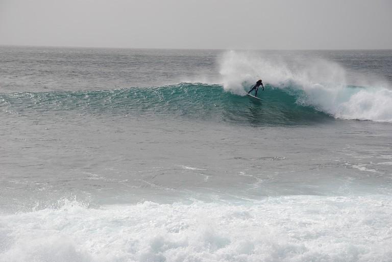 https://pixabay.com/es/surfing-cabo-verde-en-la-isla-de-sal-1571782/