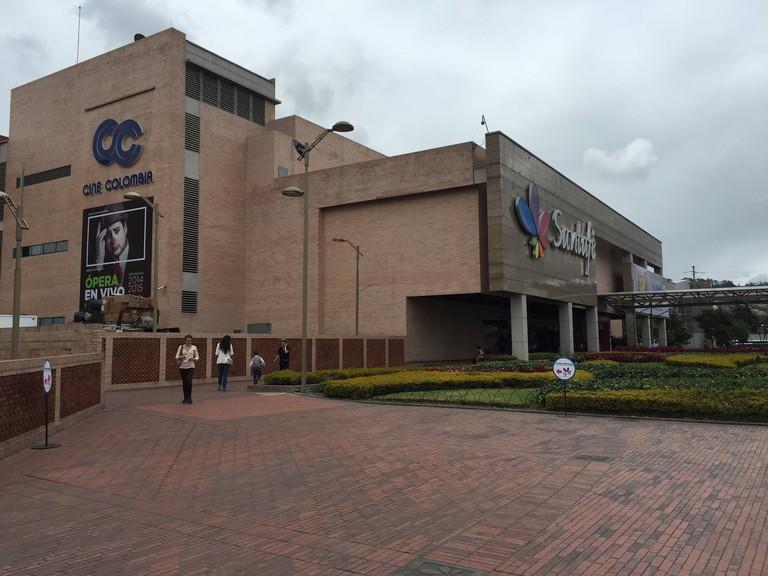 The gigantic Santafe Mall
