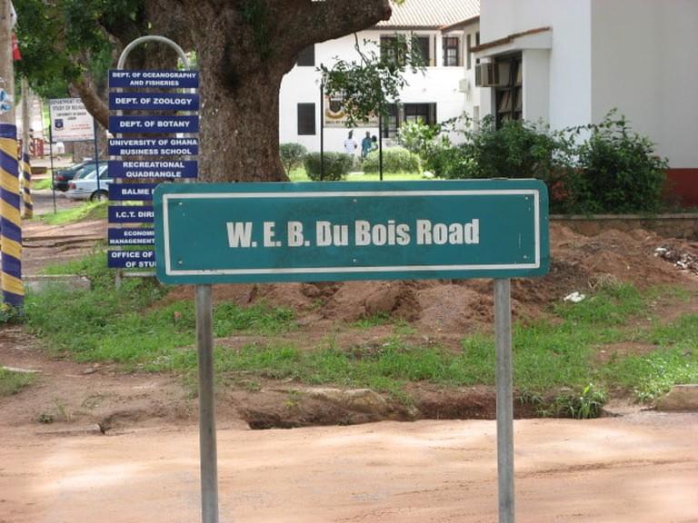 Du Bois road, Legon