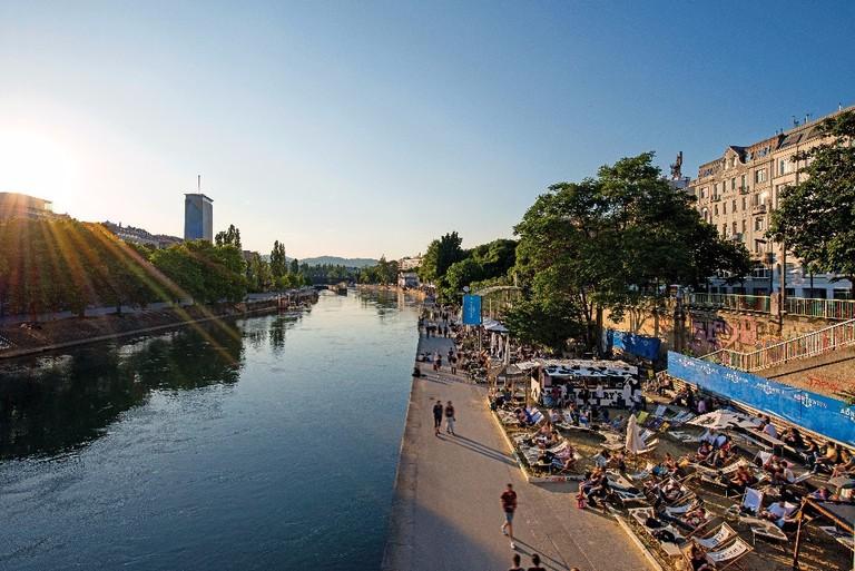 Adria, Wien