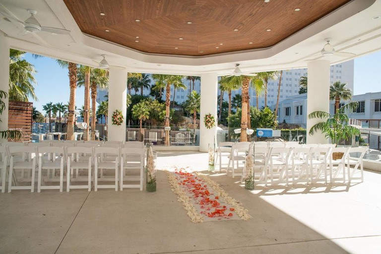 Chapel of the Flowers can design the wedding of your dreams | © Courtesy of Little Chapel of the Flowers