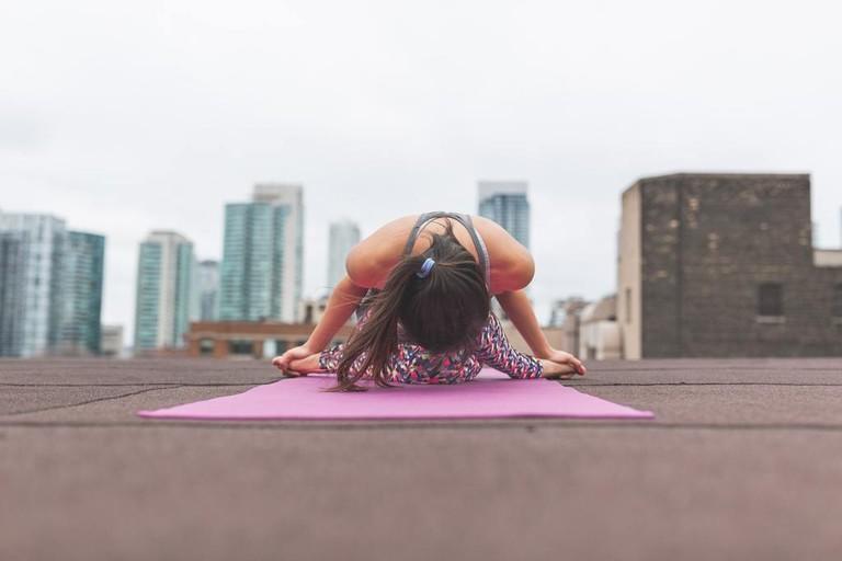Outdoor Yoga | © Burst/Pexels
