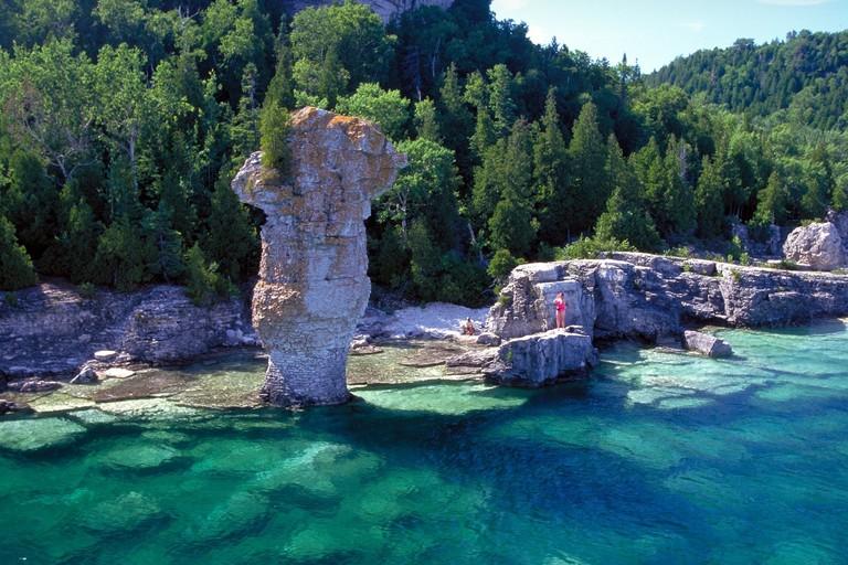 Flowerpot Island | © Ontario Tourism Marketing Partnership Corporation