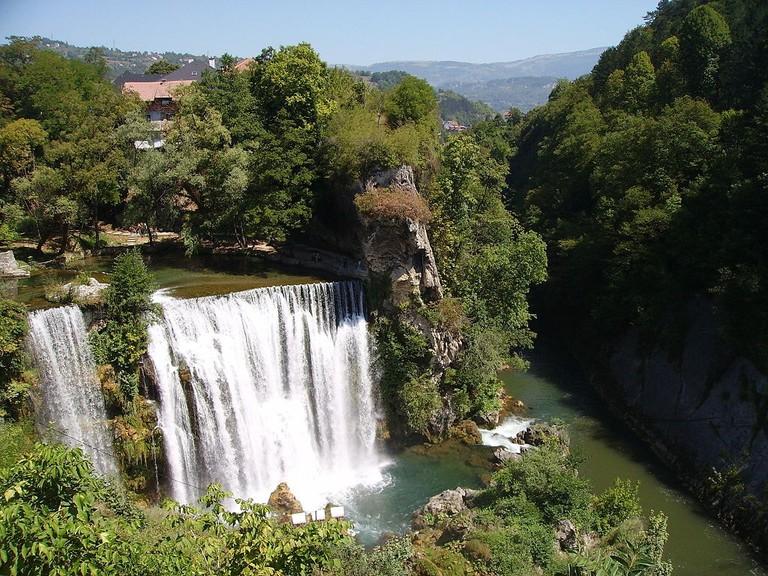 Jajce Waterfall | © Julian Nitzsche/WikiCommons