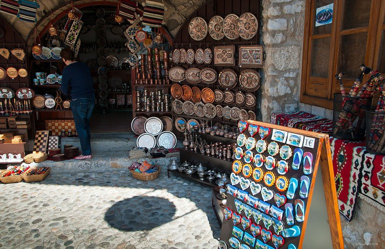 Souvenirs in Mostar   © Smooth_O/WikiCommons