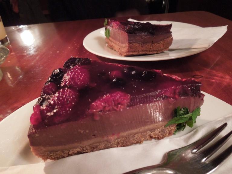 Vegane Beeren-Schoko Tarte @ Café V