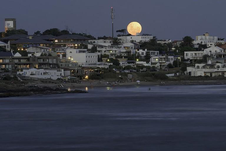 Moon rise over La Barra, Punta del Este