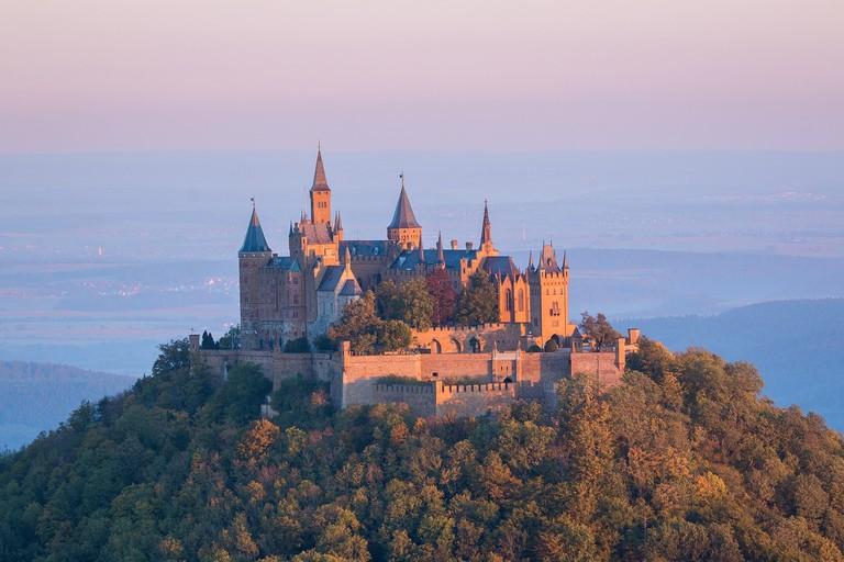 castle-973157_1280