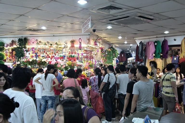 Divisoria_Shopping