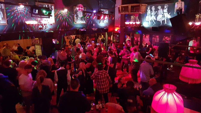 Top-live-music-venues-in-Johannesburg_Chicagos