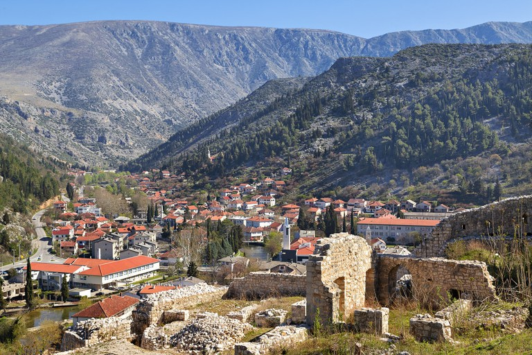 View over the town of Stolac | © MehmetO/Shutterstock