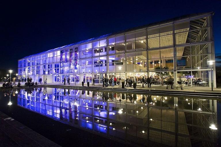 1200px-Musikhuset_Aarhus_2015