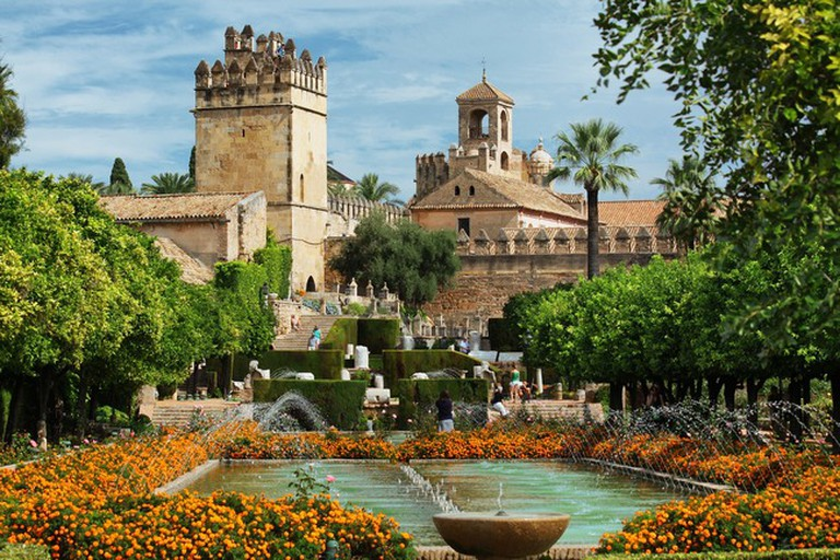 The Alcazar Hostel is situated opposite the Alcazar de los Reyes Cristianos
